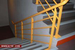 Escaliers Avec Revêtement PVC Et Joints Anti Dérapage